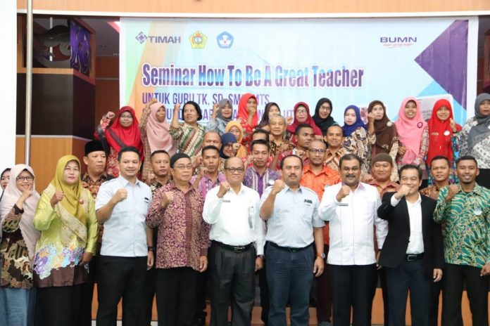 Pembukaan Seminar How To Be A Great Teacher, Rabu (9/1/2019) di Gedung Wisma Timah Kundur.