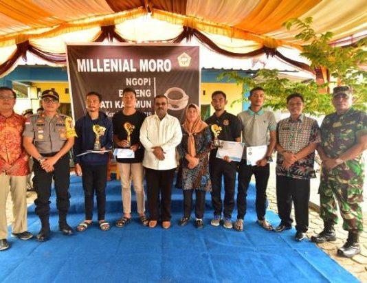 Mahasiswa di Moro Curhat ke Bupati Aunur Rafiq Soal Pelabuhan dan Beasiswa Tak Transparan di Disdik