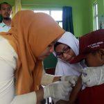 SDIT Darul Mukmin Sertakan Siswanya Ikut Imunisasi dan Minum Obat Cacing