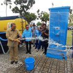 Karimun Terima Bantuan Mobil Tangki Air dan Hidran Umum