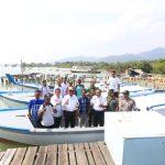 Pemkab Karimun Serahkan 7 Unit Kapal Nelayan