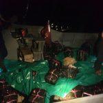 Saling Tabrak Depan Kapal, Penyelundup Miras Ilegal Akhirnya Ditangkap Kanwil DJBC Kepri