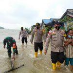 Pamak Laut Diterjang Banjir! Korban Dievakuasi ke Tempat Aman