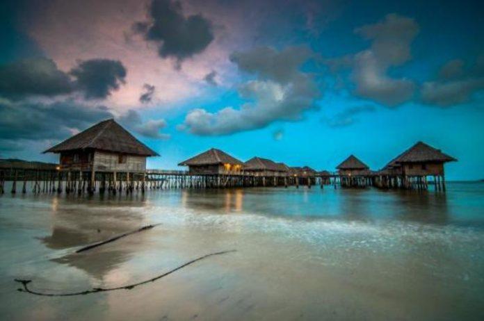 Pantai Telunas merupakan salah satu destinasi wisata alam yang dibangun pihak swasta di Kabupaten Karimun. (ft istimewa)