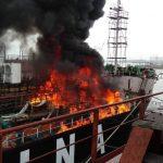 Kapal Pertamina Terbakar Saat Hendak Docking di PT MOS